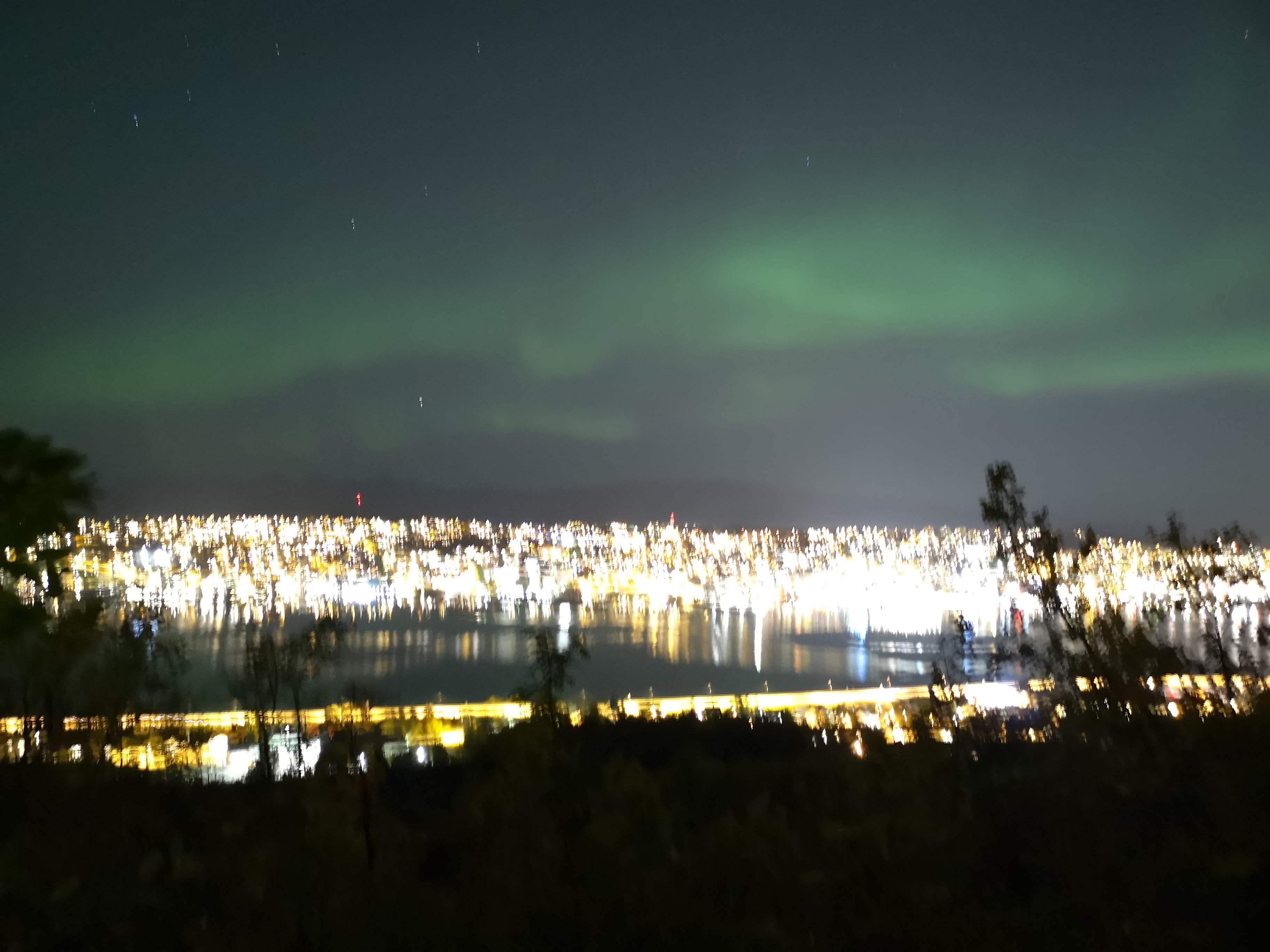 ノルウェー旅行4日目 美しいフィヨルドとオーロラ大爆発の夜
