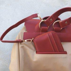 ベルト付き財布